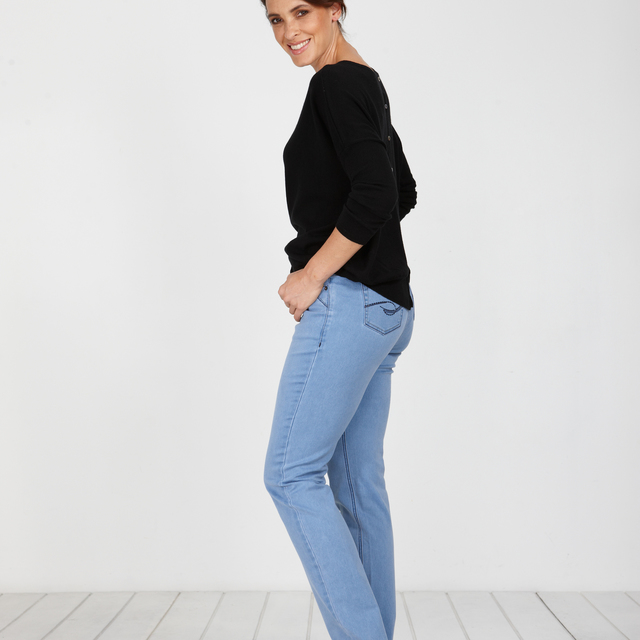 Evolution Denim Straight Chambray